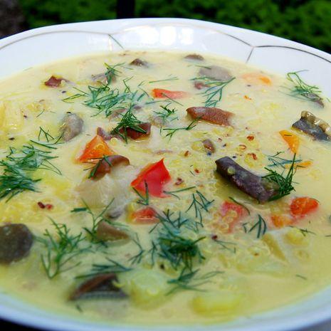 Kokosų sriuba su bolivine balanda (kynva)