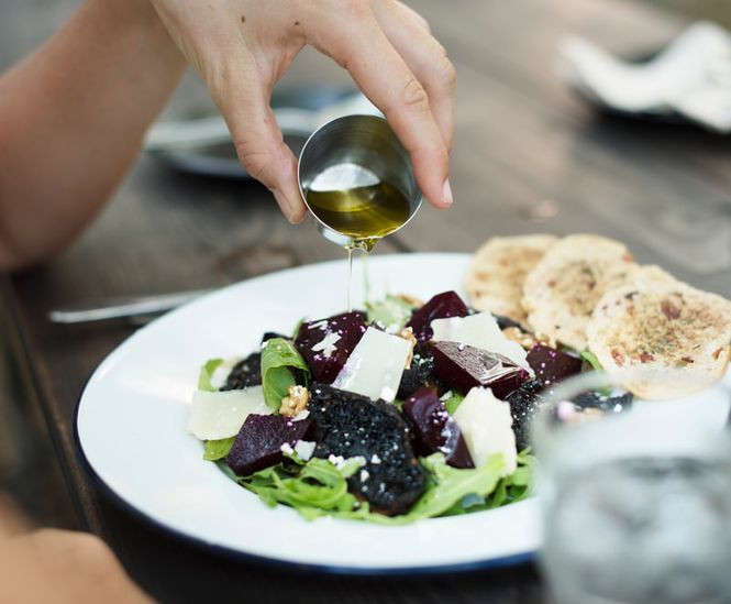 Ką pilti ant salotų? l Guoda Azguridienė
